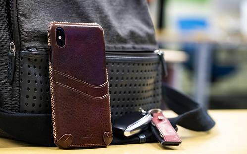 n.max.n デザインと質感に溢れたiPhone Xs MAX 革ケース