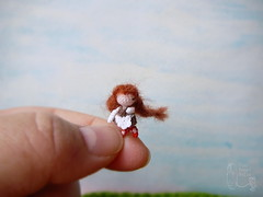 138-doll with a basket 17mm (5)