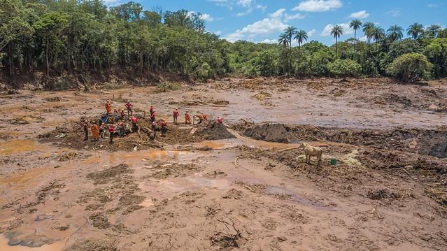 Decreto de MG sobre barragens é vago e mantém riscos em projetos, diz engenheiro