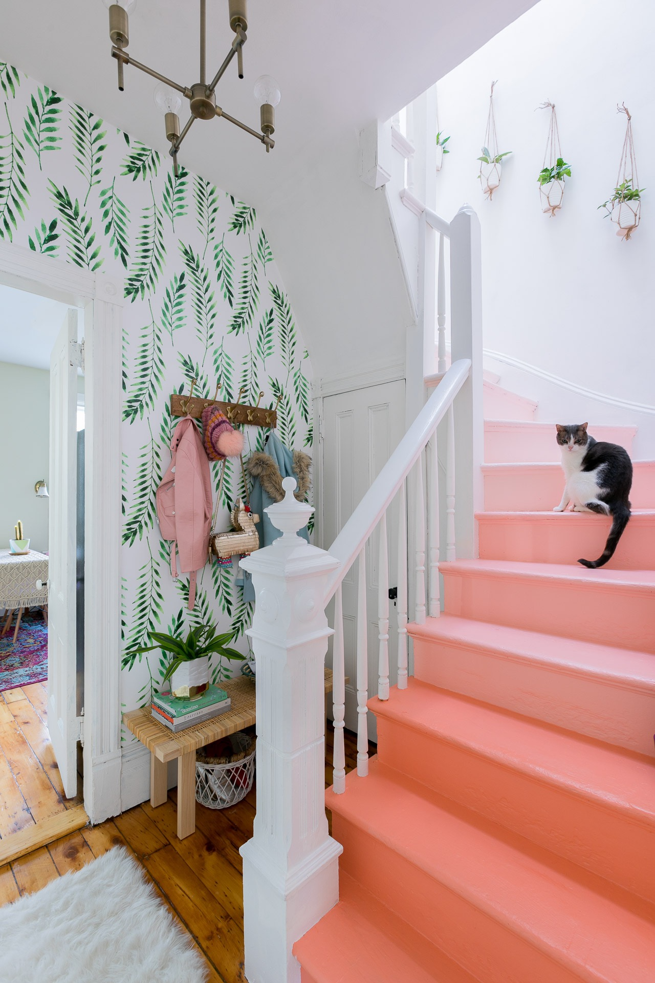 Green Leaf Wallpaper Coral Ombre Stairs How to Decorate with Living Coral Pantone's Color of the Year