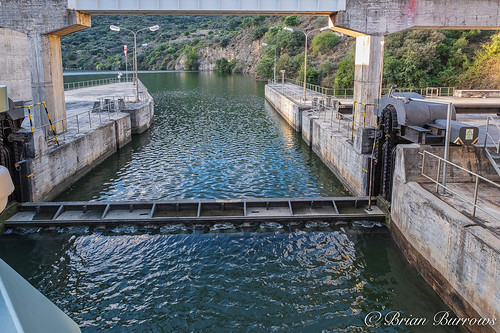 The Lock gate descends beneath the exit out of there Lock on the upstream side