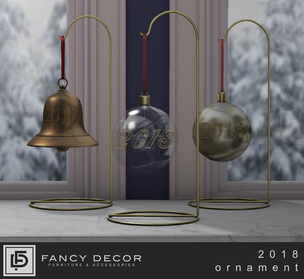 Fancy Decor Annual Ornament