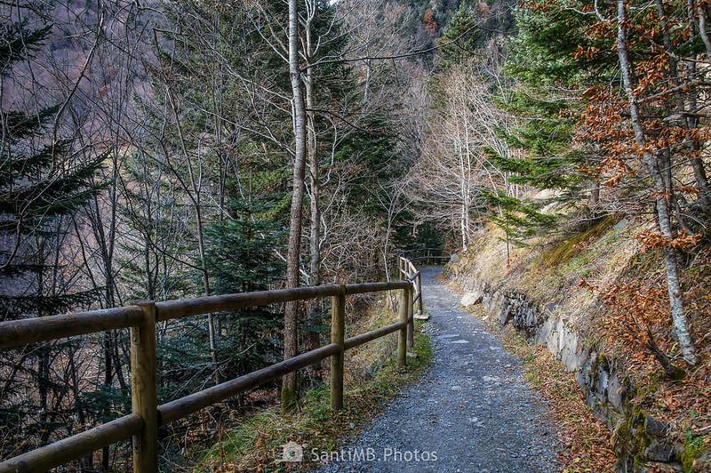 Camino a los Uelhs deth Joèu