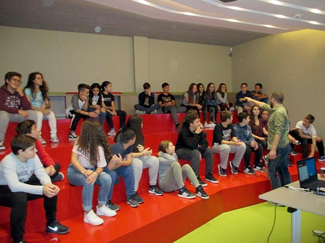 Εκπαιδευτική επίσκεψη της Β΄ Γυμνασίου στο Team Magma
