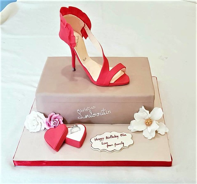 Cake by Ingrida's Cakes