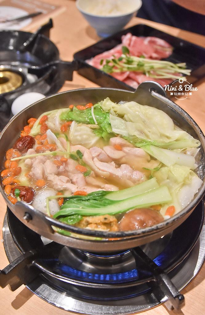 台中火鍋推薦 大樂鍋 海陸鍋 燒酒雞 麻辣29