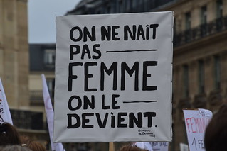 Very big demonstrations in France against sexual or sexist violence
