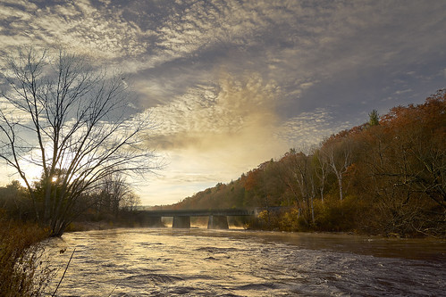 sunrise massachusetts millersriver mohawktrail goldenhour dawn river rapids landscape landscapephotography newengland autumninnewengland clouds skyandclouds sky foliage