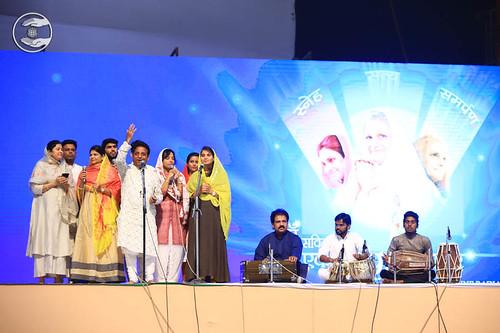 Group Song in Sindhi by Harish Khoobchandani, Ahmadnagar, MH