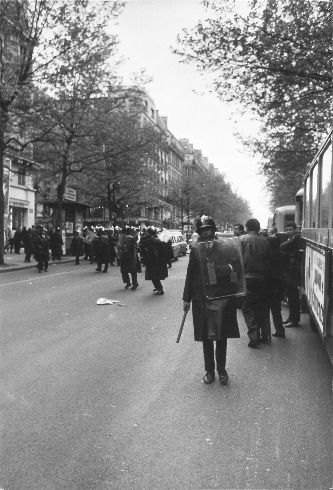 Полиция в Сорбонне