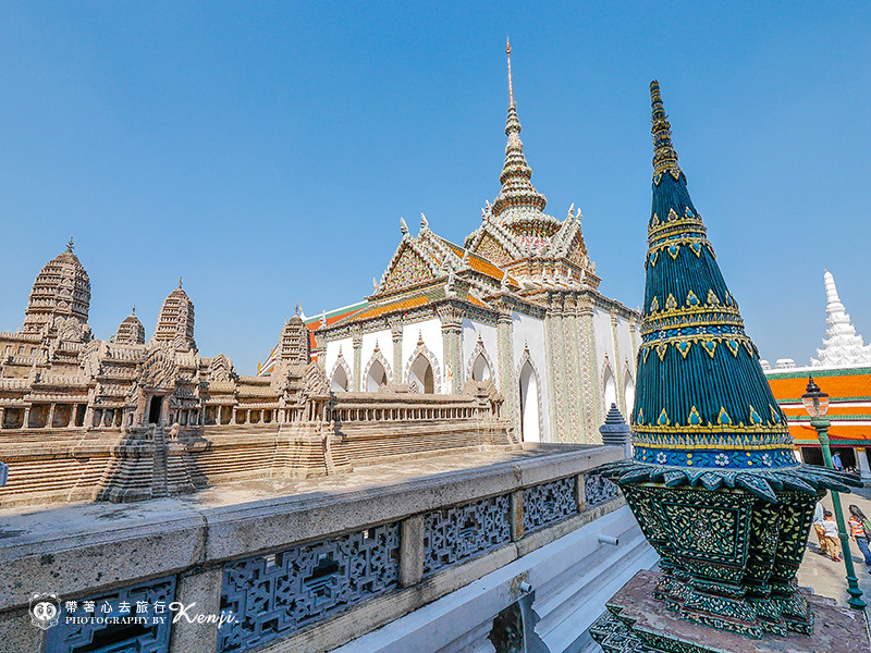 grand-palace-29
