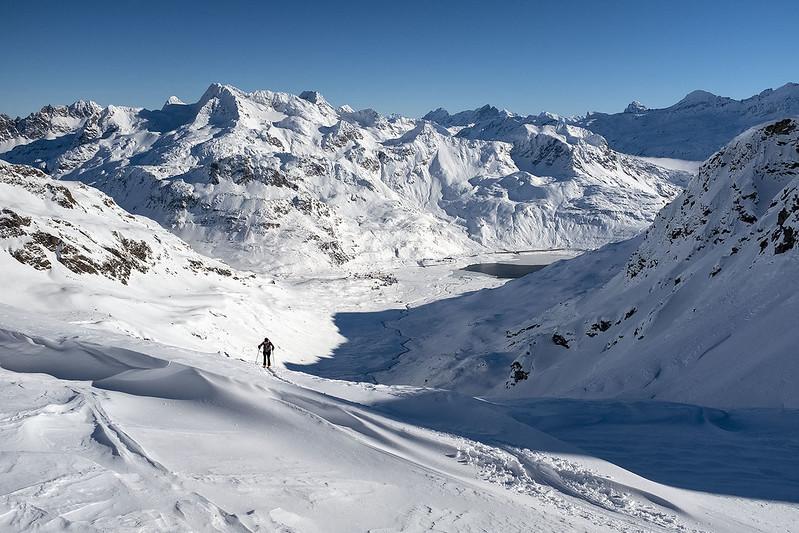 Scialpinismo alla Cima di Val Loga: Quasi al Bivacco Cecchini