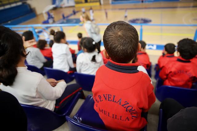 SOCIAL | El CEIP Velázquez visita el entrenamiento del Club Melilla Baloncesto
