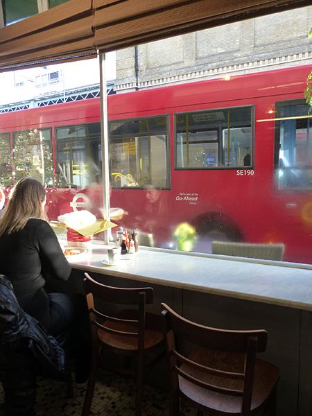river café bus
