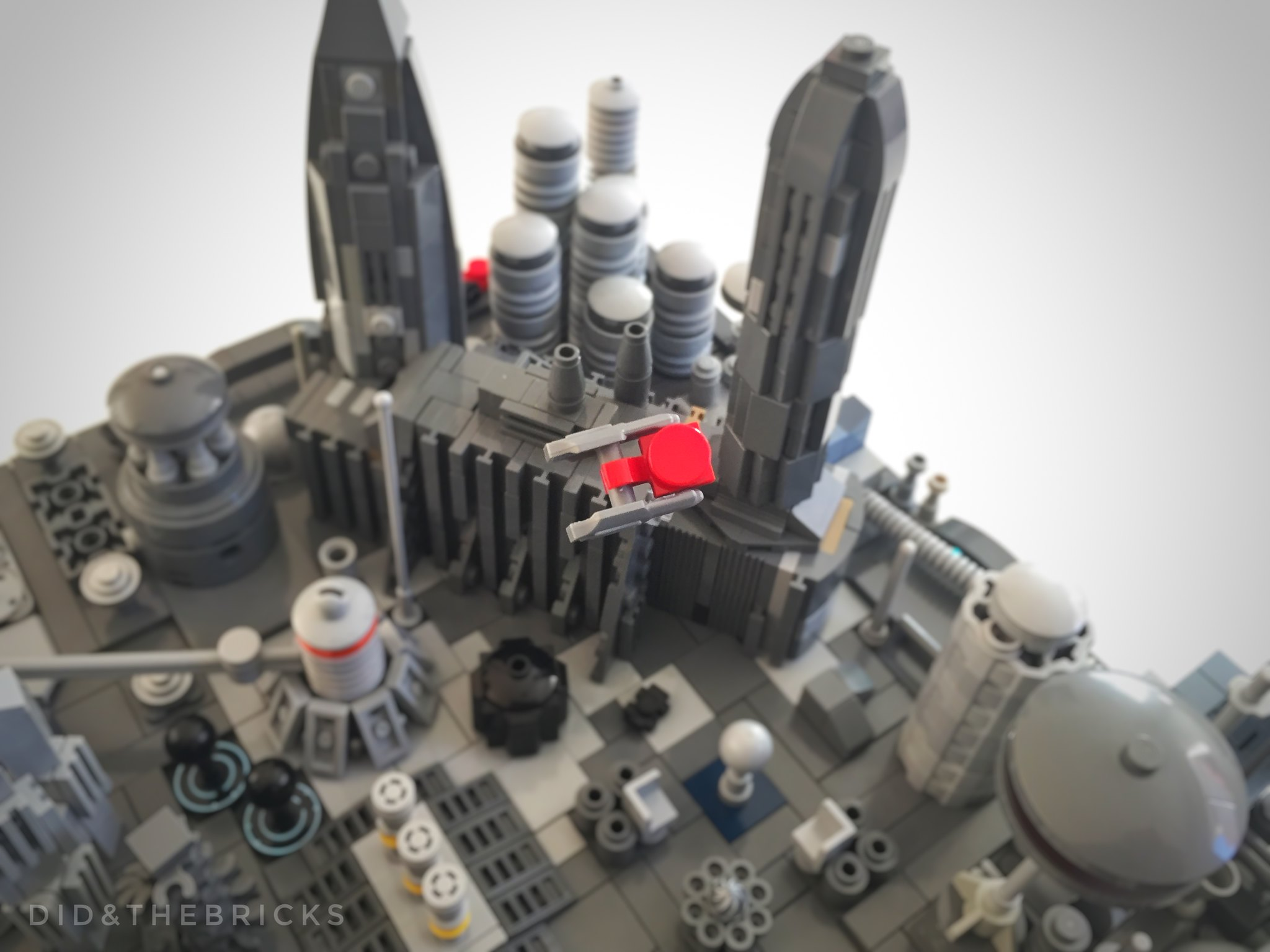 LV0305 Metropolis
