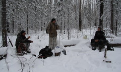 A meet at the snowed path: two well known hunters and Elena talking about some problems of management of the station's area
