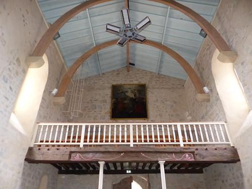 Sames, Pyrénées-Atlantiques: église de l'Assomption-de-la-Bienheureuse-Vierge-Marie, en partie du XIV°. Thème de janvier: contreplongée