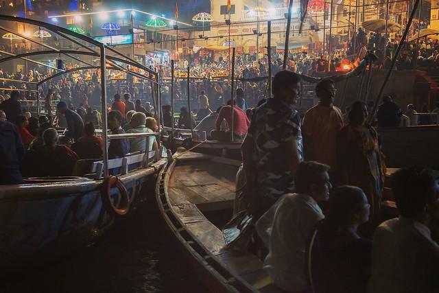 Streets of Varanasi, Sony ILCE-7RM3, Sony FE 35mm F2.8 ZA