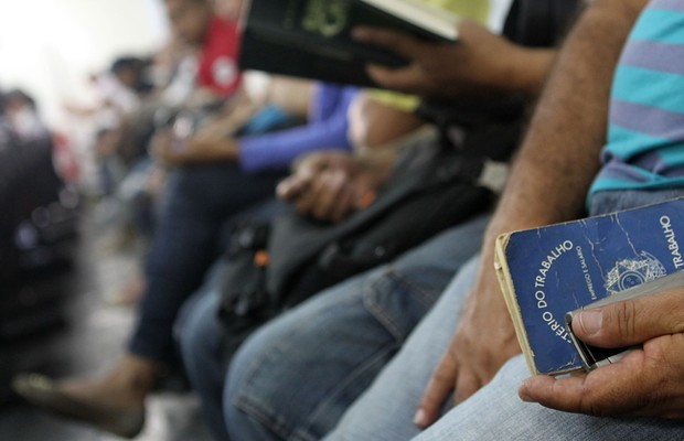 Lei 13.467/2018 revogou a previsão anterior do art. 477 da CLT, que diz que a rescisão de contratos precisa ser homologada nos sindicatos - Créditos: Agência Brasil