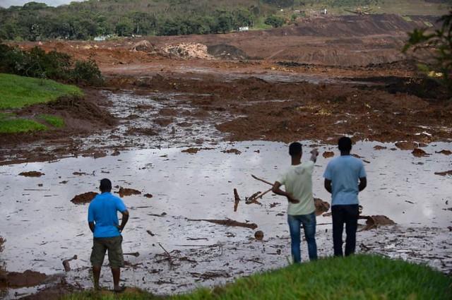 Moradores de Brumadinho expostos à lama começam a apresentar sintomas de contaminação