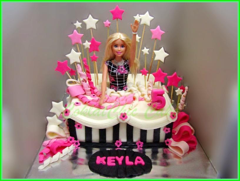 Cake Barbie KEYLA 18 cm
