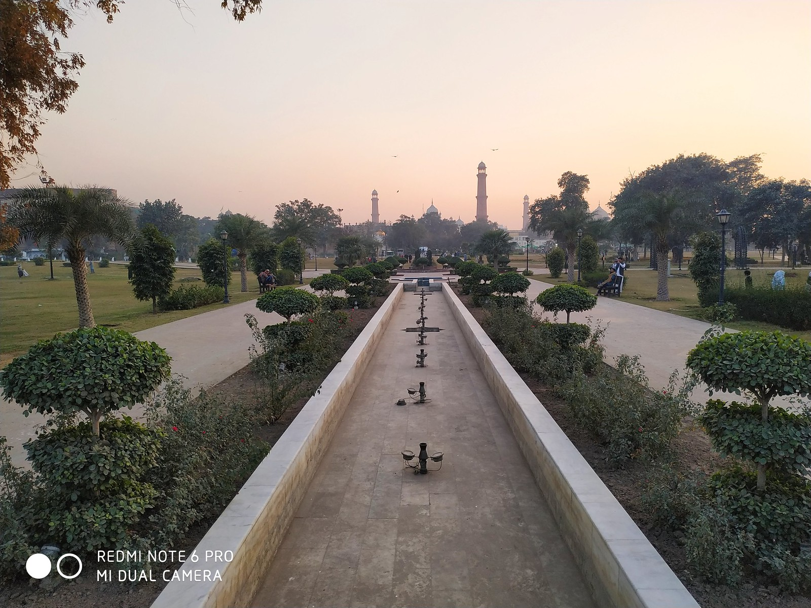 Greater Iqbal Park Picture with AI mode on Xiaomi Redmie Note 6 Pro