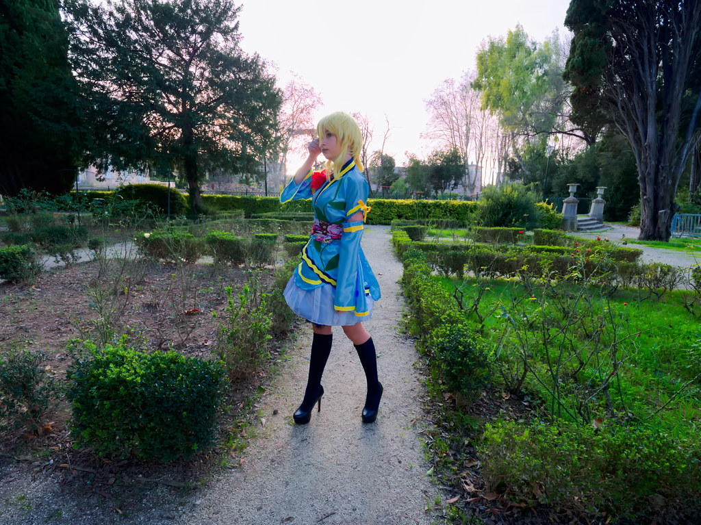 related image - Shooting Love Live - Eli Ayase - Pika Cosplay - Plan d'Eau de La Garde -2018-12-09- P1444317