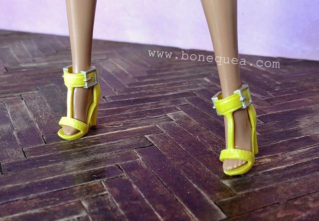 Barbie Fashionistas #104 shoes
