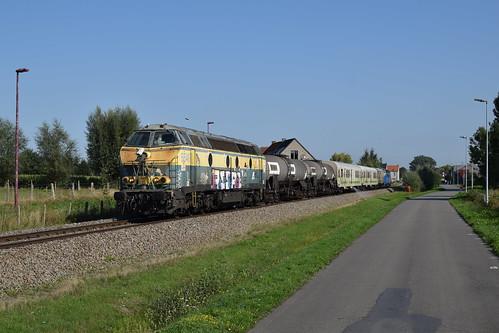 01-09-2018 TUC RAIL 5540 + sproeitrein + 6296, Zingem Groenstraat