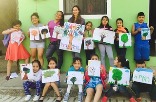 Emily McInerney with students in Agua Zarca