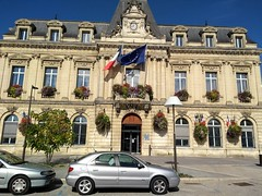HOTEL DE VILLE DE COUTRAS - Photo of Camps-sur-l'Isle