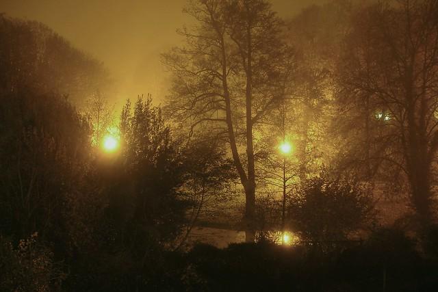 nuit-06536, Sony DSC-W17