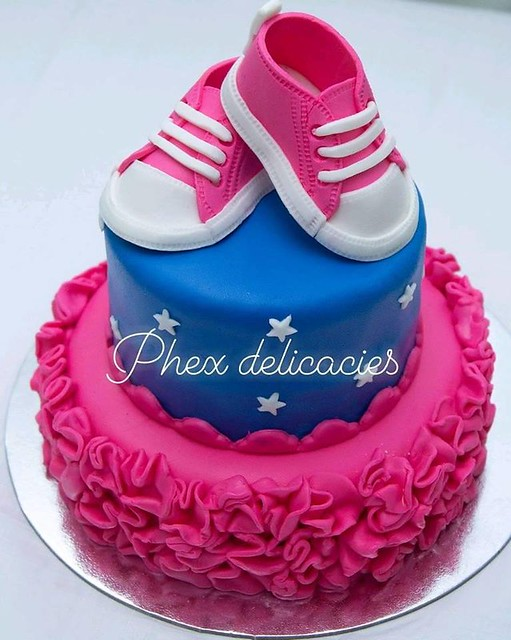 Cake by Phex Delicacies