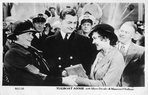Marie Dressler, Robert Young and Maureen O'Sullivan in Tugboat Annie (1933)