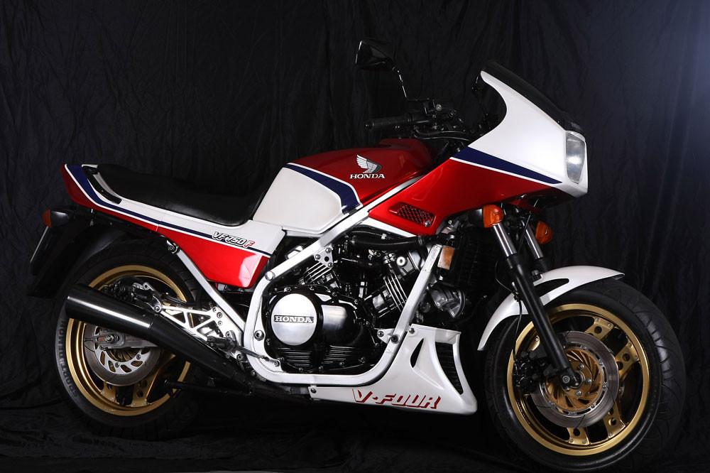 Honda VF 750 S 1983 Specs and Photos