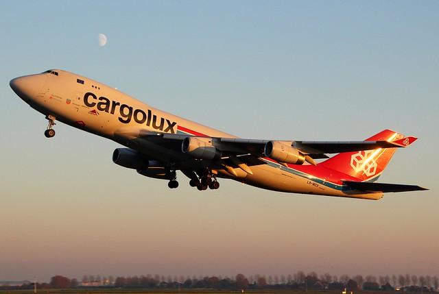 LX-WCV Cargolux Boeing 747-400, Canon EOS 700D, Sigma 18-200mm f/3.5-6.3 DC OS HSM [II]