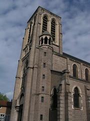 20080516 23602 0906 Jakobus Montbrison Kirche Turm Fassade