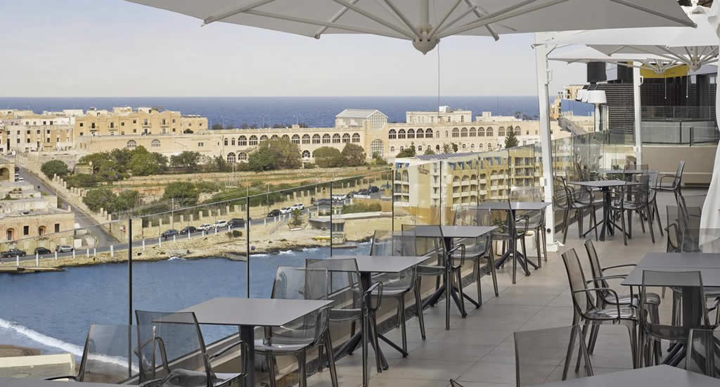 Goedkoop hotel Malta: Holiday Inn Express St. Julian | Malta & Gozo