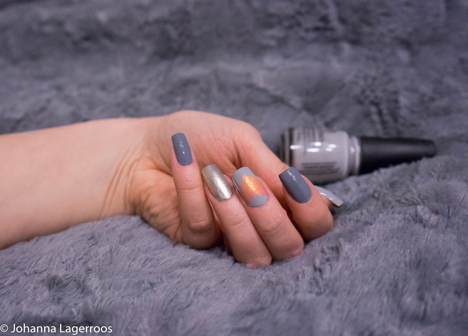 grey heart nails