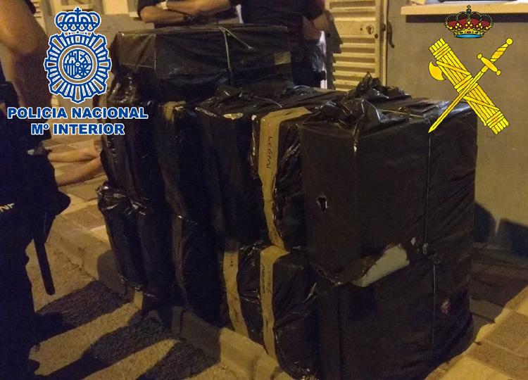 Detenidas diez personas por contrabando de tabaco e intervenidas más de 50.000 cajetillas