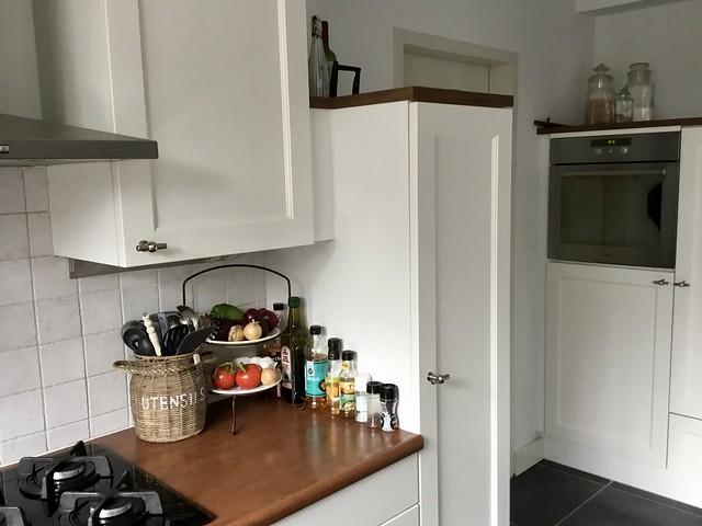 Lichte keukenkast landelijk