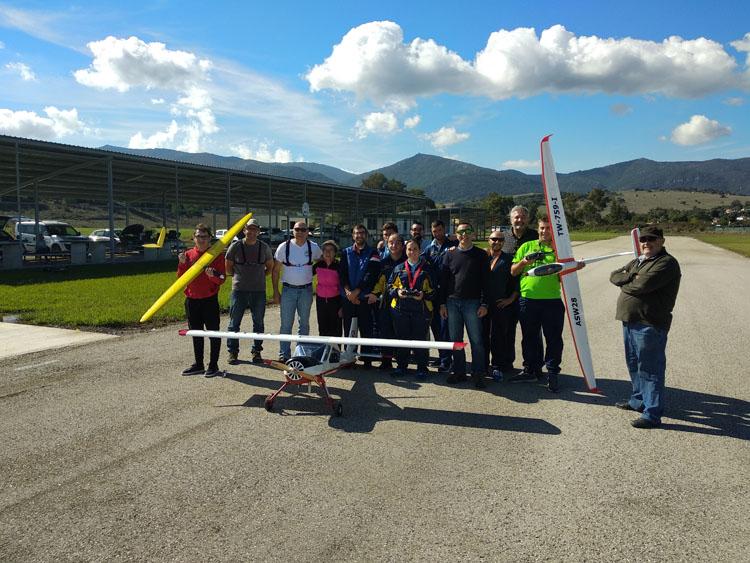 Apadis pone en marcha el taller de Aeromodelismo