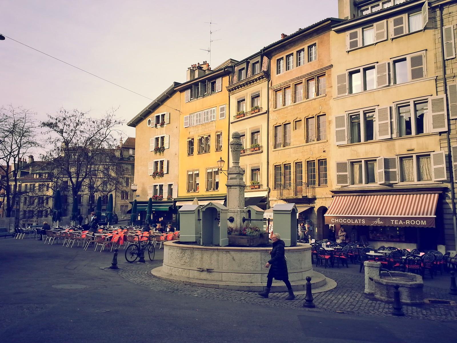 16-01-28 (Geneva)  Place du Bourg-Four.