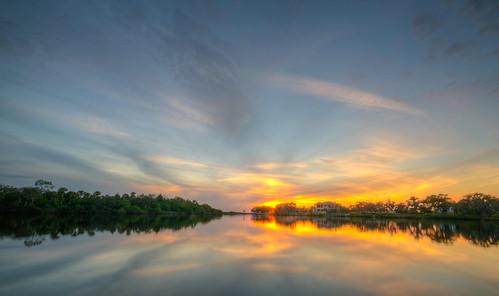 florida fl fla sunset sun river manatee parrish manateeriver floridasunset water landscape reflection christmas