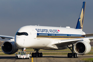 Singapore Airlines Airbus A350-941 cn 254 F-WZGX // 9V-SHA