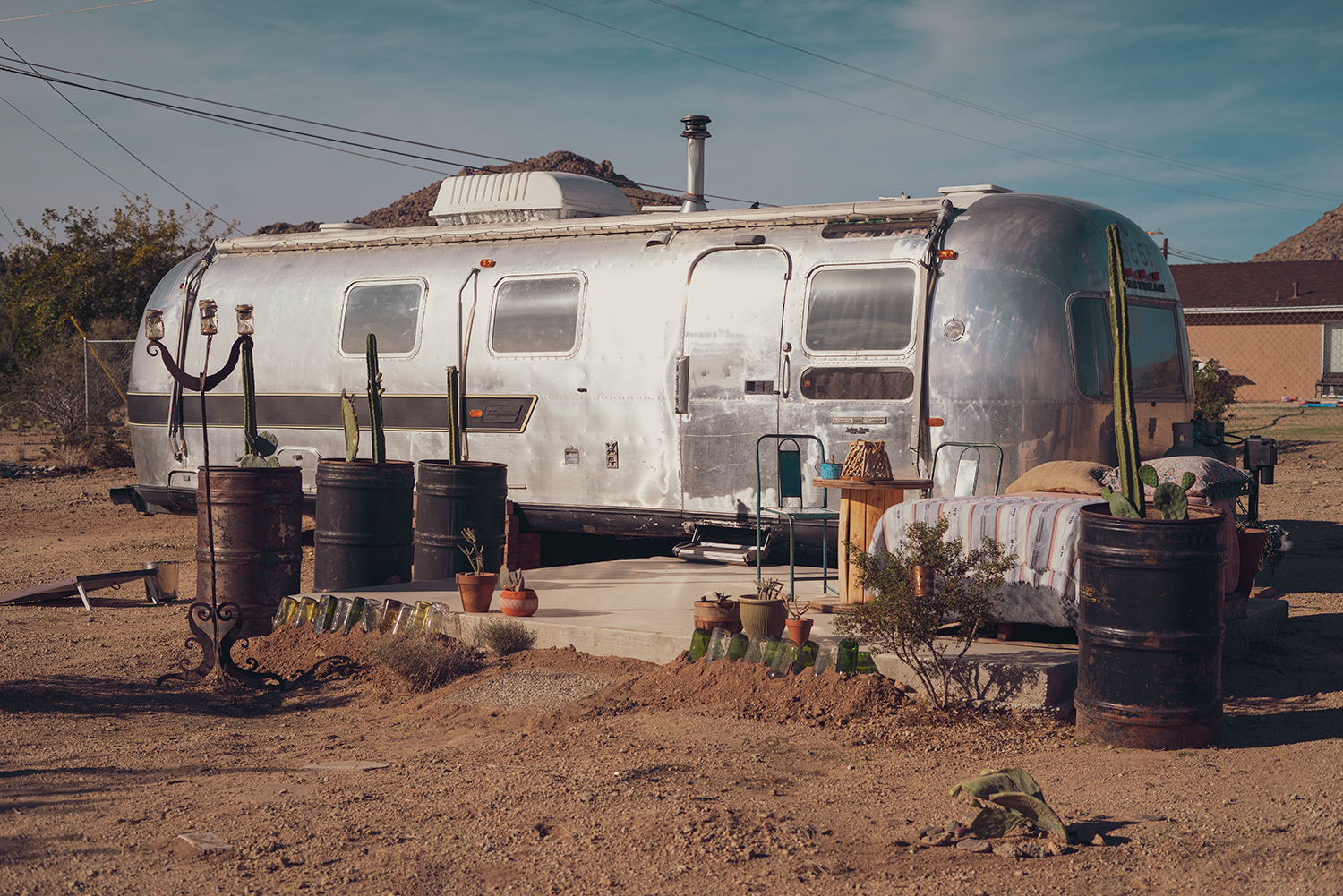 02joshuatree-travel-lifestyle-airstream
