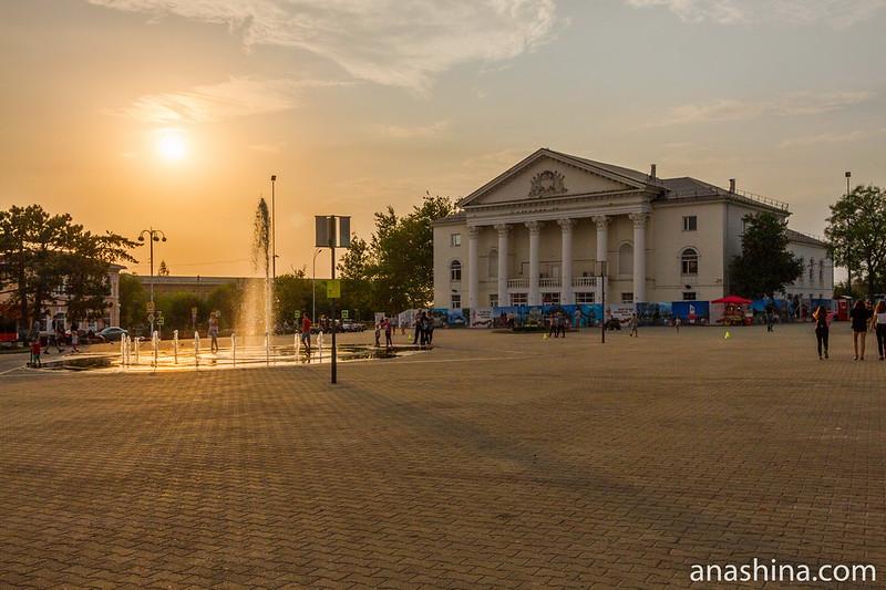 Площадь Труда, Темрюк