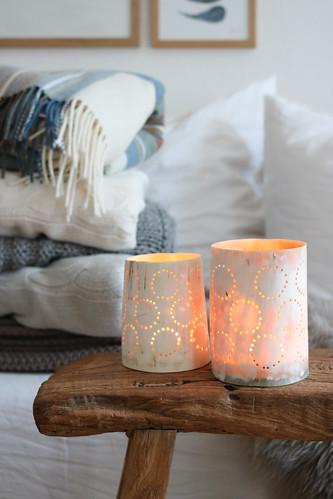 Kerzenschein und Kuscheldecken