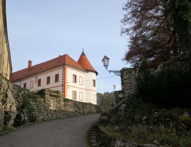 Ozalj, dvorac - Ozalj, Canon IXUS 125 HS