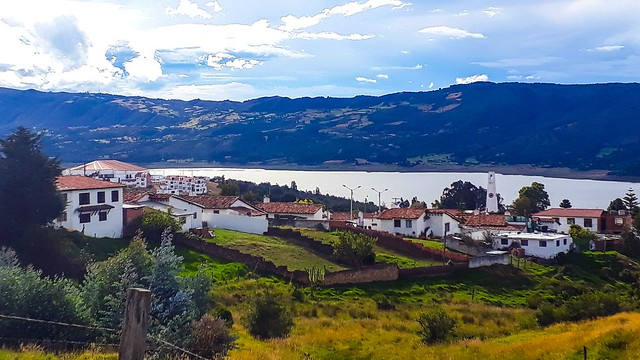 Photo of Guatavita in the TripHappy travel guide